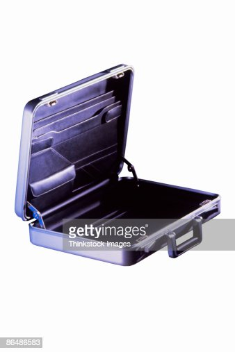 how to open a briefcase