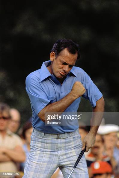 US Open champ David Graham watched the birdie putt at the 15th 6/21 a shot that dropped him to 7under and propelled him to victory