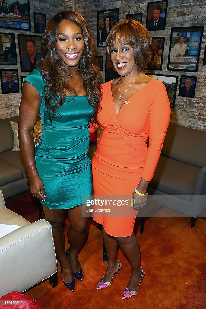 Open Champion <a gi-track='captionPersonalityLinkClicked' href=/galleries/search?phrase=Serena+Williams&family=editorial&specificpeople=171101 ng-click='$event.stopPropagation()'>Serena Williams</a> of the United States poses for a photo with 'CBS This Morning' star <a gi-track='captionPersonalityLinkClicked' href=/galleries/search?phrase=Gayle+King&family=editorial&specificpeople=215469 ng-click='$event.stopPropagation()'>Gayle King</a> on her New York City Trophy Tour on September 9, 2013 in New York City.
