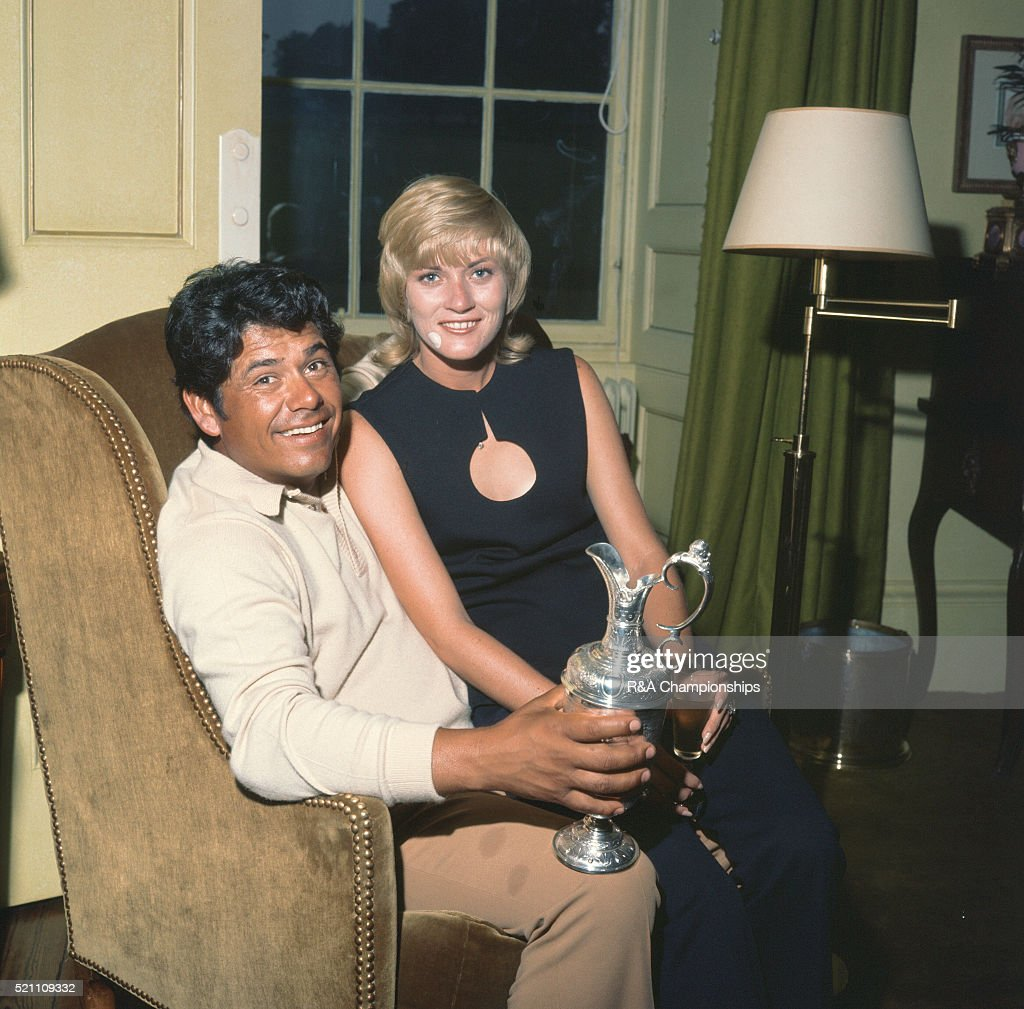 British Open 1972 at Muirfield Golf Links in Gullane East Lothian Scotland held 12th 15th July 1972 Pictured Winner Lee Trevino and his wife Claudia...