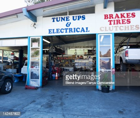 Open doorway of auto repair shop : Photo