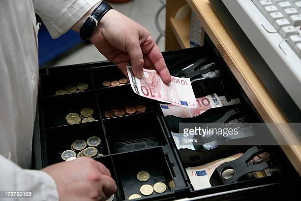 Ouvrir le tiroir de l'argent