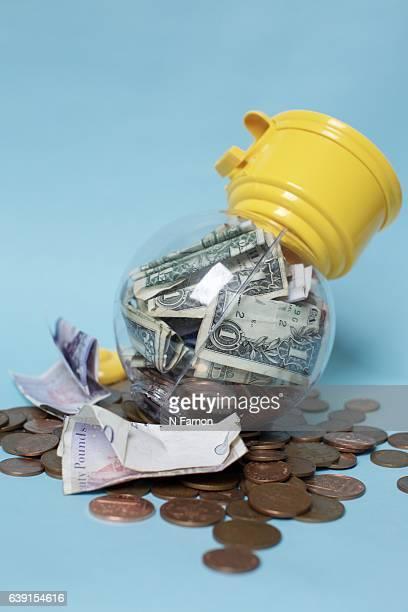 Open the money box