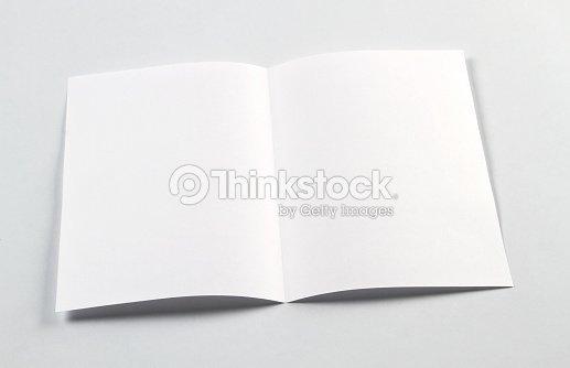 Das Weiße Leere Broschüre A4a5 Flyer Für Mockup Stock-Foto   Thinkstock