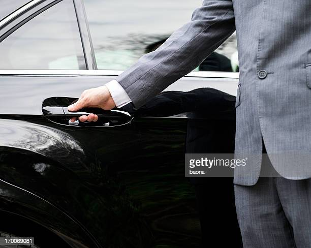 Apertura de puerta de coche