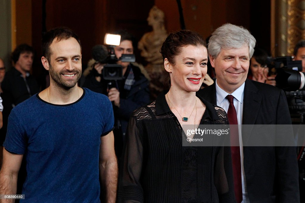 Opera de Paris director Stephane Lissner (R) arrives with outgoing director of the Paris Opera Ballet <a gi-track='captionPersonalityLinkClicked' href=/galleries/search?phrase=Benjamin+Millepied&family=editorial&specificpeople=6539957 ng-click='$event.stopPropagation()'>Benjamin Millepied</a> (L) and his successor <a gi-track='captionPersonalityLinkClicked' href=/galleries/search?phrase=Aurelie+Dupont&family=editorial&specificpeople=2903830 ng-click='$event.stopPropagation()'>Aurelie Dupont</a> for a press conference at the Opera Garnier on February 4, 2016 in Paris, France. Choreographer <a gi-track='captionPersonalityLinkClicked' href=/galleries/search?phrase=Benjamin+Millepied&family=editorial&specificpeople=6539957 ng-click='$event.stopPropagation()'>Benjamin Millepied</a> said he was quitting the Paris Opera Ballet after little more than a year in the role 'for personal reasons'. Former French ballet dancer <a gi-track='captionPersonalityLinkClicked' href=/galleries/search?phrase=Aurelie+Dupont&family=editorial&specificpeople=2903830 ng-click='$event.stopPropagation()'>Aurelie Dupont</a> will replace him.