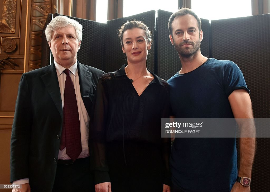 Opera de Paris' director Stephane Lissner (L) poses with outgoing director of the Paris Opera Ballet Benjamin Millepied (R) and his successor Aurelie Dupont during a press conference at the Palais Garnier theatre on February 4, 2016 in Paris. Star choreographer Millepied said earlier today he was quitting the Paris Opera Ballet after little more than a year in charge of one of the world's grandest ensembles. The former dancer had faced stiff resistance to his plans to radically reform the institution, a bastion of classical ballet tradition.