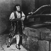 Opera singer Enrico Caruso poses for a publicity still in 1915 in New York City New York /Getty Images
