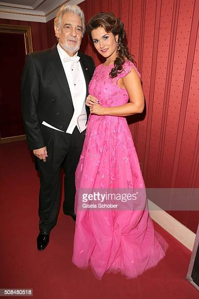 Opera singer Placido Domingo and Olga Peretyatko during the Opera Ball Vienna 2016 at Vienna State Opera on February 4 2016 in Vienna Austria
