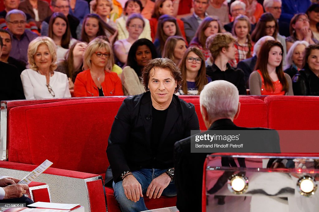 Opera Singer <a gi-track='captionPersonalityLinkClicked' href=/galleries/search?phrase=Roberto+Alagna&family=editorial&specificpeople=679931 ng-click='$event.stopPropagation()'>Roberto Alagna</a> attends the 'Vivement Dimanche' French TV at Pavillon Gabriel on April 29, 2015 in Paris, France.
