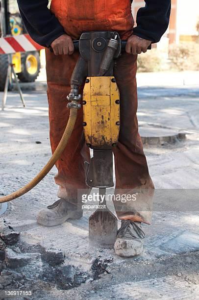 Funzionamento di un martello pneumatico