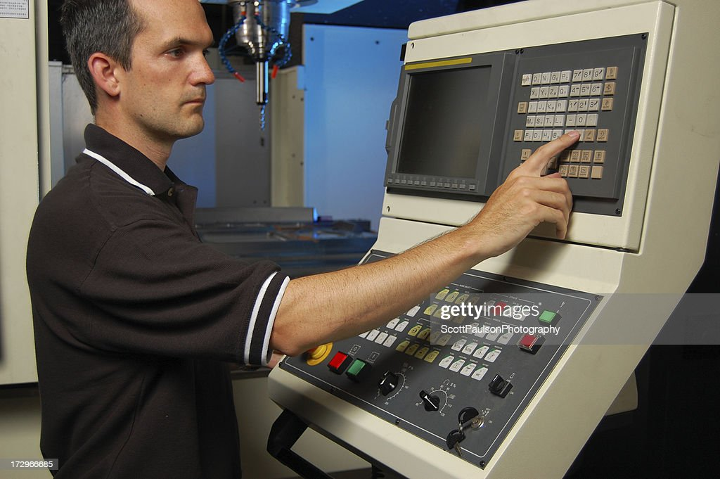 cnc milling machine operator