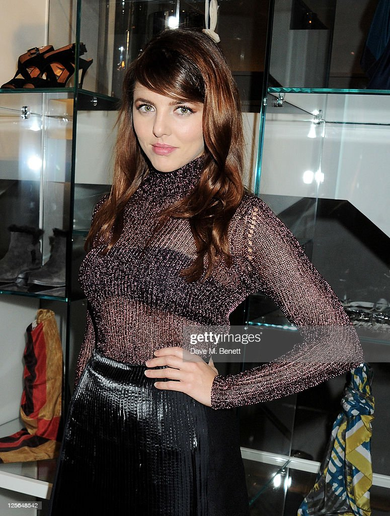 <a gi-track='captionPersonalityLinkClicked' href=/galleries/search?phrase=Ophelia+Lovibond&family=editorial&specificpeople=5912824 ng-click='$event.stopPropagation()'>Ophelia Lovibond</a> attends the opening of the Nicole Farhi global flagship store on September 19, 2011 in London, England.