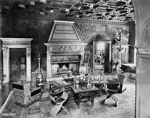 Oppenheim Max Freiherr von Diplomat Orientalist Archaeologist Germany*15071860 inside view of his flat in Cologne living room 1914 Photographer...