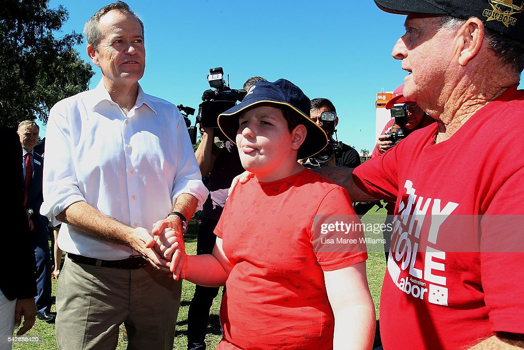 Opposition meets supporters at The Strand on June 24, 2016 in Townsville, Australia. <a gi-track='captionPersonalityLinkClicked' href=/galleries/search?phrase=Bill+Shorten&family=editorial&specificpeople=606712 ng-click='$event.stopPropagation()'>Bill Shorten</a> is campaigning heavily on Medicare, promising to make sure it isn't privatised if the Labor Party wins the Federal Election on July 2.