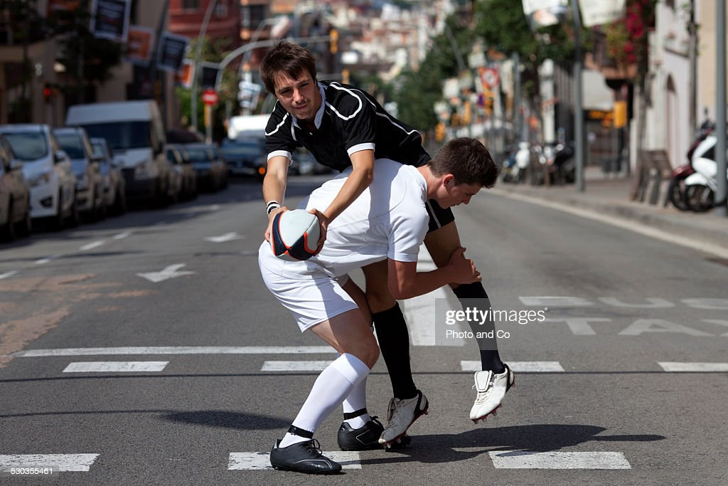 opposition rugby in the street