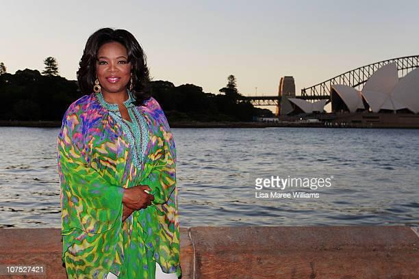 Oprah Winfrey arrives at The Royal Botanic Gardens for a garden party on December 11 2010 in Sydney Australia Oprah Winfrey is in Australia with 302...