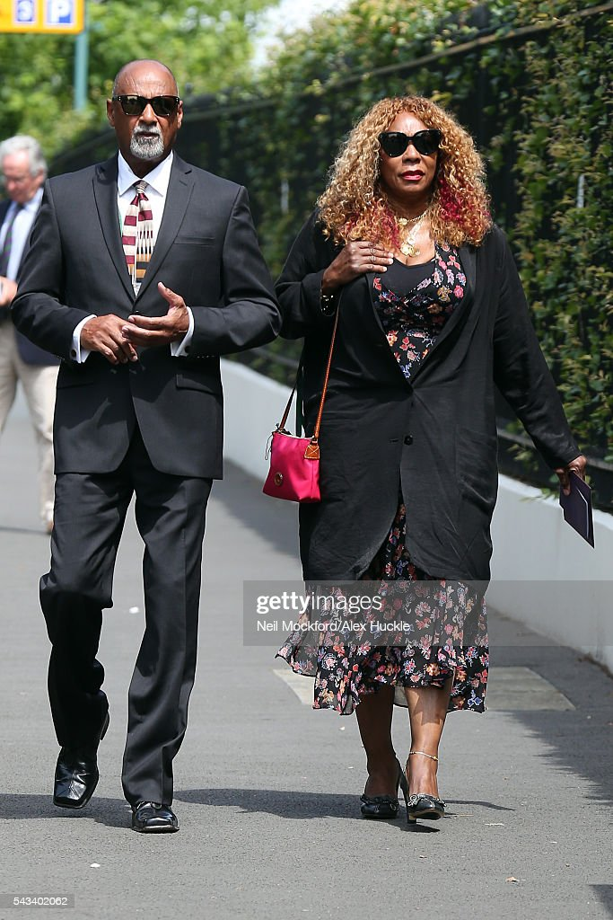 <a gi-track='captionPersonalityLinkClicked' href=/galleries/search?phrase=Oracene+Price&family=editorial&specificpeople=3103846 ng-click='$event.stopPropagation()'>Oracene Price</a> arrives for Day 2 of Wimbledon on June 28, 2016 in London, England.
