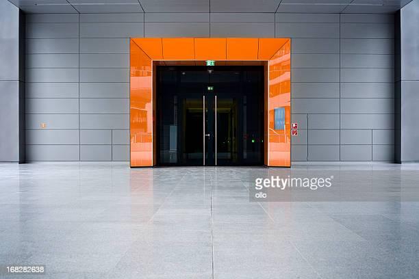 Orange-Eingang