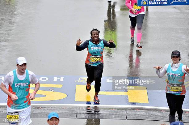 Orange Is the New Black star Uzo Aduba ran the 2015 Boston Marathon to support Bostons DanaFarber Cancer Institute on April 20 2015 in Boston...