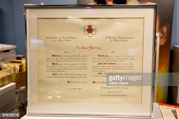 TORONTO ON NOVEMBER Order of Canada from 1975 Anne Murray donated a one of a kind collection to the University of Toronto this week adding to the...
