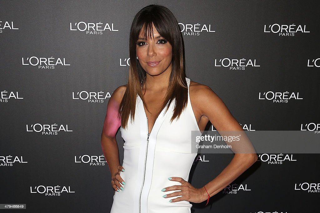 L'Oreal ambassador <a gi-track='captionPersonalityLinkClicked' href=/galleries/search?phrase=Eva+Longoria&family=editorial&specificpeople=202082 ng-click='$event.stopPropagation()'>Eva Longoria</a> poses as she arrives at a VIP event as part of the 2014 Virgin Australia Melbourne Fashion Festival at Vue De Monde on March 19, 2014 in Melbourne, Australia.