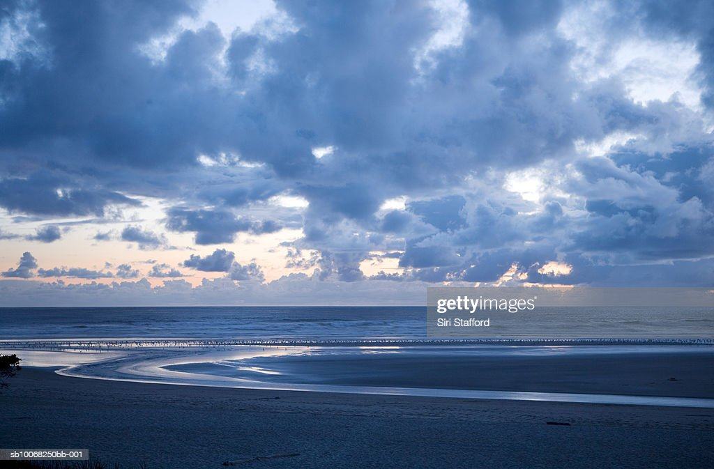 USA, Oregon, Cannon beach at dusk : Stock Photo