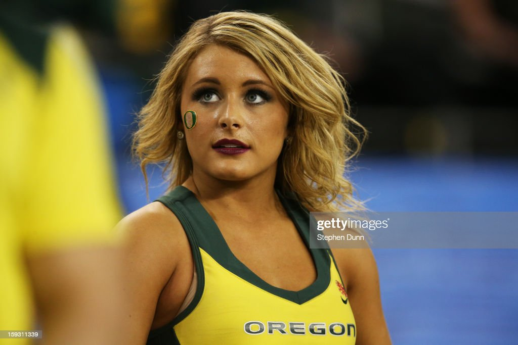 Oregon Ducks cheerleaders perform during the Tostitos Fiesta Bowl between the Oregon Ducks and the Kansas State Wildcats at University of Phoenix Stadium on January 3, 2013 in Glendale, Arizona.