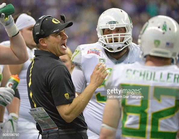 Alamo bowl oregon vs texas christian pictures getty images for Christian helfrich