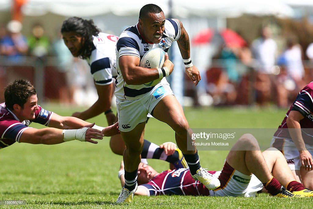 Orene Ai'i of Auckland makes a break against Southland during the National Rugby Sevens at the Queenstown Recreation Ground on January 13, 2013 in Queenstown, New Zealand.