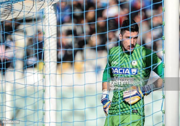Orestis Karnezis in action during the Serie A match between Pescara Calcio and Udinese Calcio at Adriatico Stadium on March 12 2017 in Pescara Italy