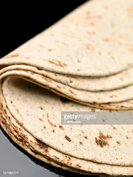 オーガニックの小麦粉のトルティーヤ