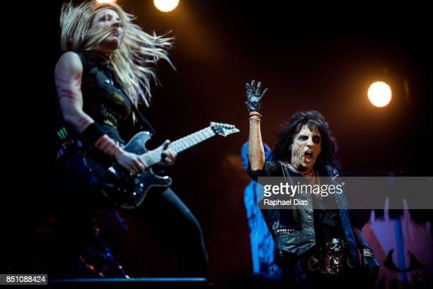 Orianthi and Alice Cooper perform at day 4 of Rock in Rio on September 21 2017 in Rio de Janeiro Brazil