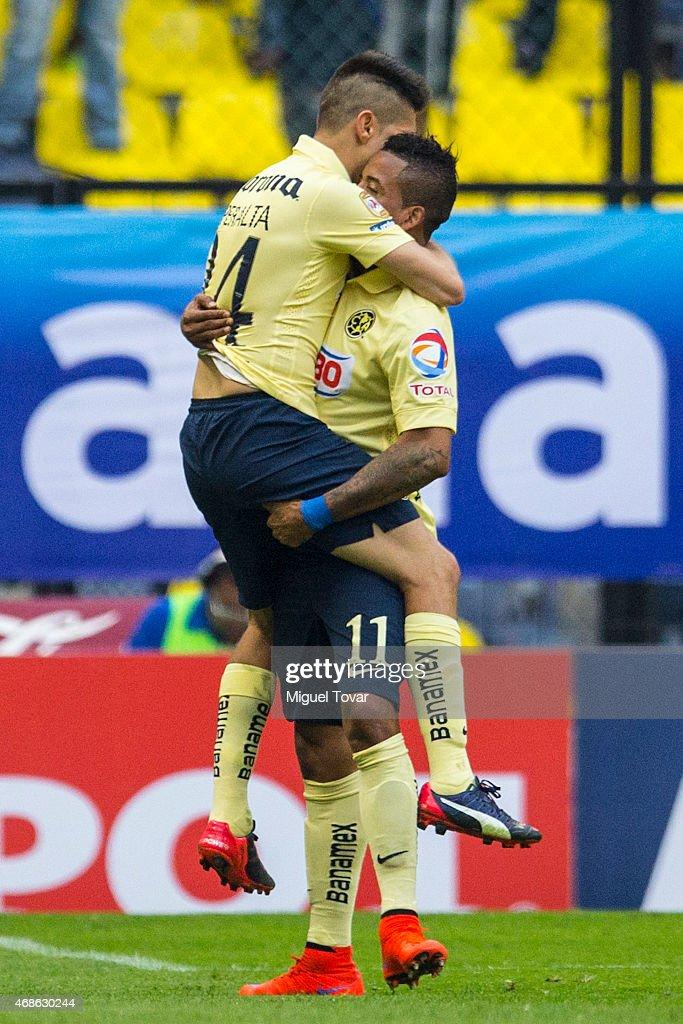 America v Cruz Azul - Clausura 2015 Liga MX