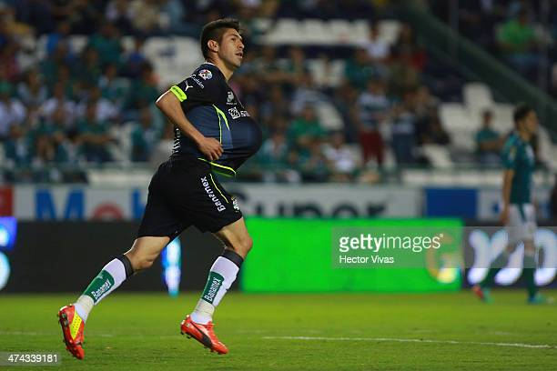 Oribe Peralta of Santos celebrates during a match between Leon and Santos Laguna as part of the Clausura 2014 Liga MX at Nou Camp Stadium on February...