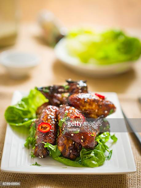 Oriental sticky chicken wings
