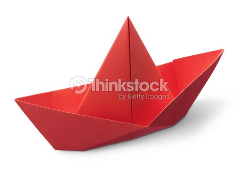 origami bateau en papier photo thinkstock. Black Bedroom Furniture Sets. Home Design Ideas