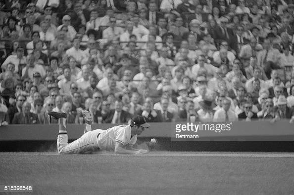 Oriole's third baseman Brooks Robinson makes a diving catch on Red's Johnny Bench's line drive in the 5th inning of the 3rd World Series game here In...