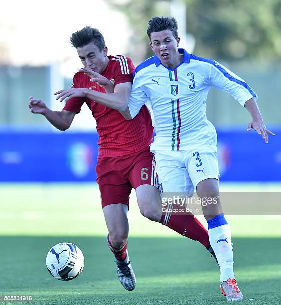 Oriolo Busquets Mas of Spain and Luca Pellegrini of Italy in action during the international friendly match between Italy U17 and Spain U17 on...