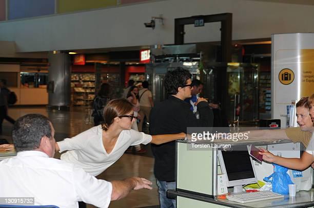 Orlando Bloom and Miranda Kerr seen at Gran Canaria Airport on June 23 2008 in Gran Canaria Spain