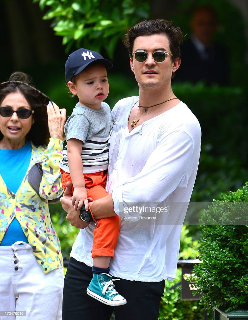<a gi-track='captionPersonalityLinkClicked' href=/galleries/search?phrase=Orlando+Bloom&family=editorial&specificpeople=202520 ng-click='$event.stopPropagation()'>Orlando Bloom</a> and son <a gi-track='captionPersonalityLinkClicked' href=/galleries/search?phrase=Flynn+Bloom&family=editorial&specificpeople=8325201 ng-click='$event.stopPropagation()'>Flynn Bloom</a> visit Central Park on July 14, 2013 in New York City.