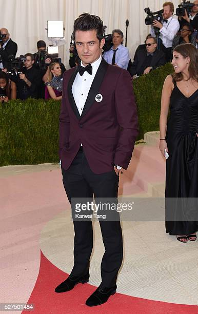Orlando Bloom arrives for the 'Manus x Machina Fashion In An Age Of Technology' Costume Institute Gala at Metropolitan Museum of Art on May 2 2016 in...