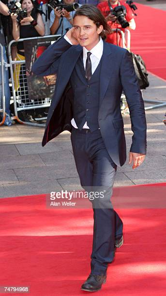 Orlando Bloom at the 'Pirates Of The Caribbean 2 Dead Man's Chest' London Premiere Outside Arrivals at Odeon Leicester Square in London