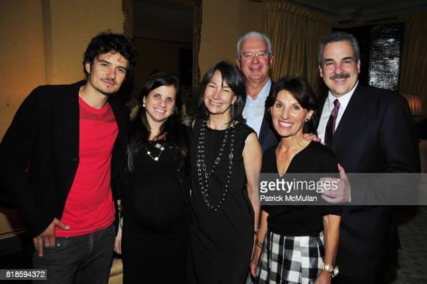 Orlando Bloom Deborah Perelman Brooke Garber Naidich Howard Katz Ellen Katz and Dr Howard Koplewicz attend Dinner party to celebrate The Child Mind...