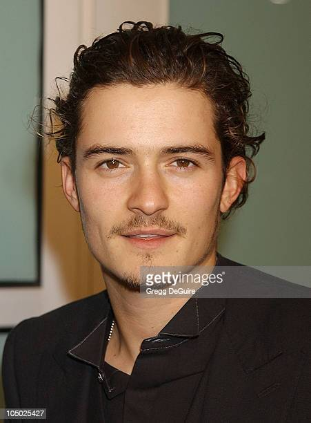 Orlando Bloom during 'The Lord Of The Rings The Two Towers' Los Angeles Premiere Arrivals at Cinerama Dome Theatre in Hollywood California United...