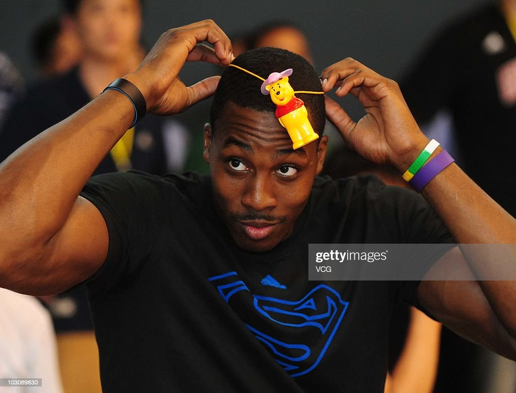 Dwight Howard Arrives In Shenyang s and