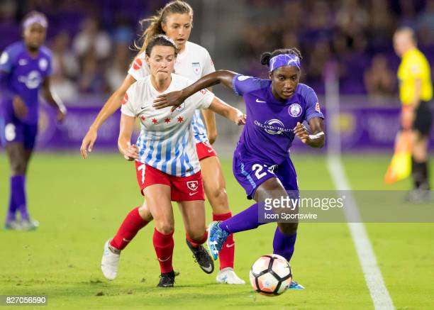 Orlando Pride forward Jasmyne Spencer brings the ball up the sideline during the NWSL soccer match between the Orlando Pride and the Chicago Red...