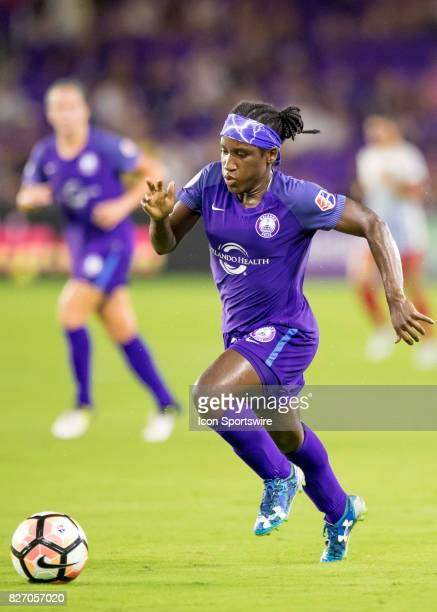 Orlando Pride forward Jasmyne Spencer drives towards goal during the NWSL soccer match between the Orlando Pride and the Chicago Red Stars on August...