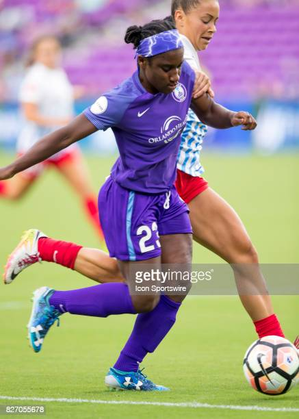 Orlando Pride forward Jasmyne Spencer looks to shoot he ball during the NWSL soccer match between the Orlando Pride and the Chicago Red Stars on...