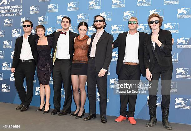 Oscar Boyson a guest Ben Safdie Arielle Holmes Joshua Safdie Sebastian BearMcClard and Caleb Landry Jones attends the 'Heaven Knows What' photocall...